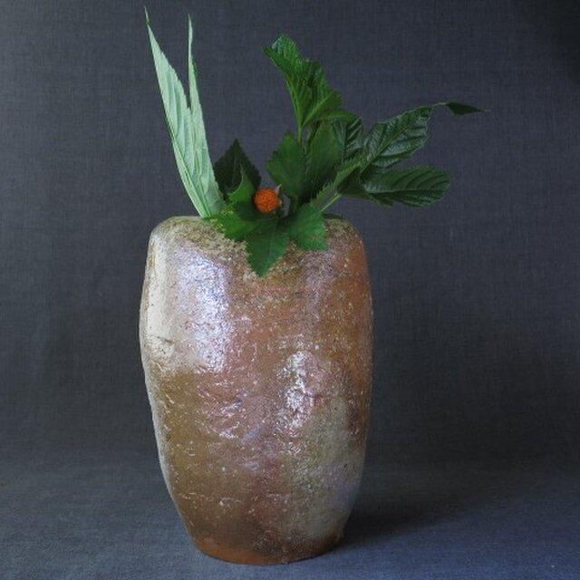【送料無料】花器(62) 焼き締め変形花器 陶芸家オリジナル陶器の画像1枚目