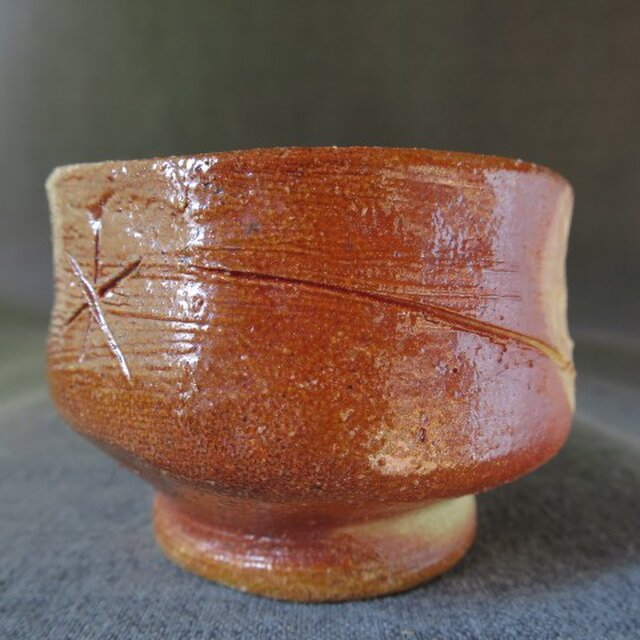 陶器 酒器(73) 化粧土彫り模様ぐい呑み 陶芸家オリジナルの画像1枚目