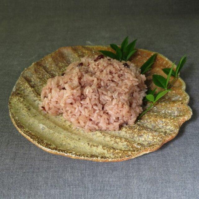 【送料無料】陶器 食器(80) 焼締め中皿 陶芸家オリジナルの画像1枚目