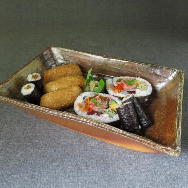【送料無料】陶器 食器(84) 長角鉢 陶芸家オリジナルの画像1枚目