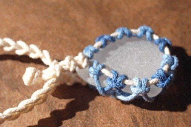 sea glass necklace  white #2の画像1枚目