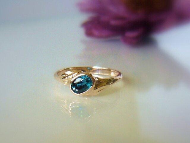 青いジルコンの指輪 の画像1枚目