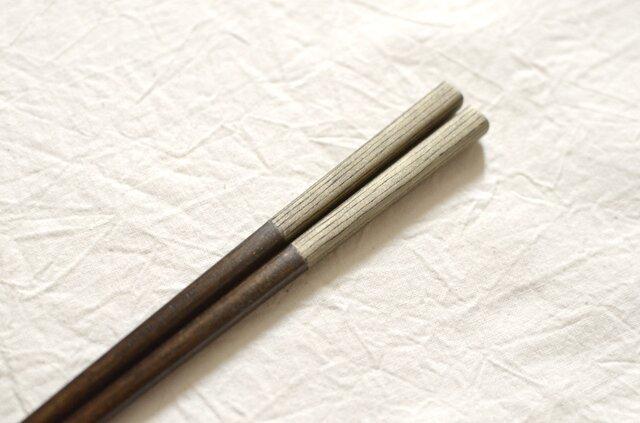 【受注制作】錫模様・拭き漆箸(ストライプ黒)<21.5cm or 23cm>の画像1枚目