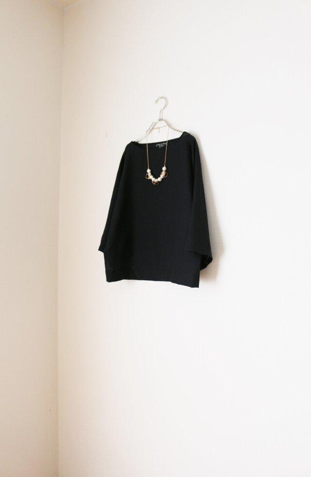 春夏 たっぷり袖のドルマン トップス 黒の画像1枚目