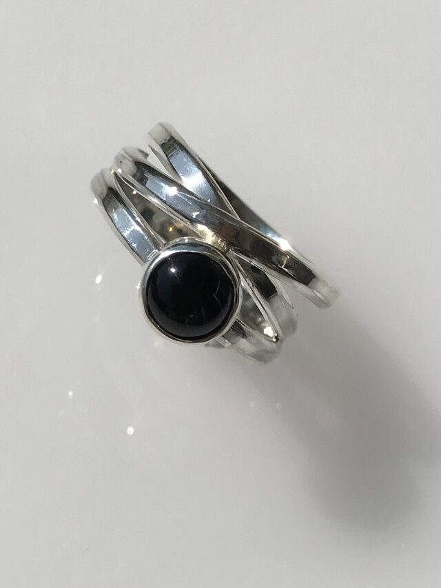 銀と射干玉ガラスのリング/950silver・#14の画像1枚目