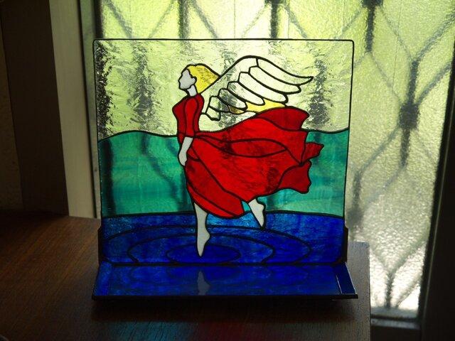 トレイ ( 小皿 ) 付きステンドグラススタンド 翼持つ者 の画像1枚目