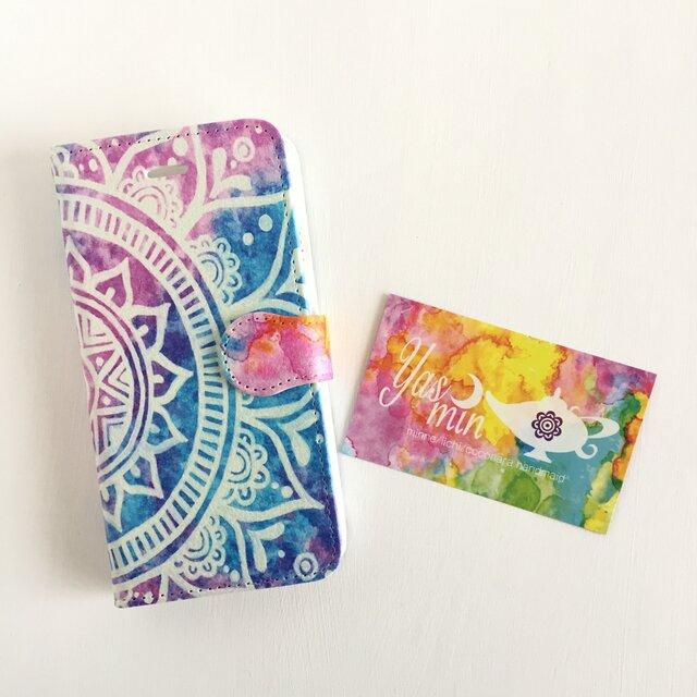 【春・夏】モロッコ風手描き曼荼羅 ブルーとピンクの手帳型iPhone/Androidケース(留め具pink)の画像1枚目