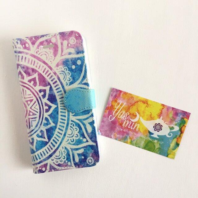 春・夏】モロッコ風手描き曼荼羅 ブルーとピンクの手帳型iPhone/Androidケース(留め具blue)の画像1枚目