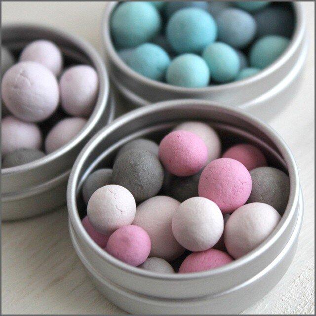 【旅するアロマ缶】*選べる香り*小さなアロマストーン『ピンクグレー』&アロマオイルの画像1枚目