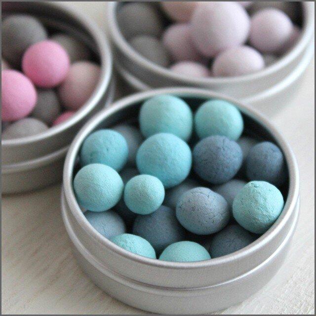 送料無料【旅するアロマ缶】*選べる香り*小さなアロマストーン『ブルーブルー』&アロマオイルの画像1枚目