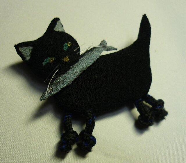 怪盗黒猫 サンマをくわえた黒猫ブローチの画像1枚目