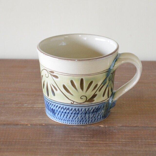 緑釉唐草文 マグカップの画像1枚目