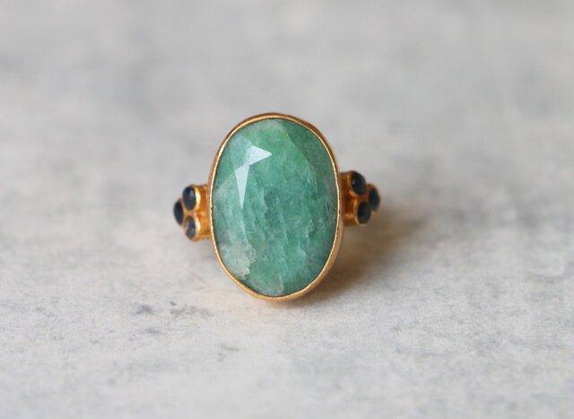 古代スタイル*天然エメラルド 指輪*9号 GPの画像1枚目