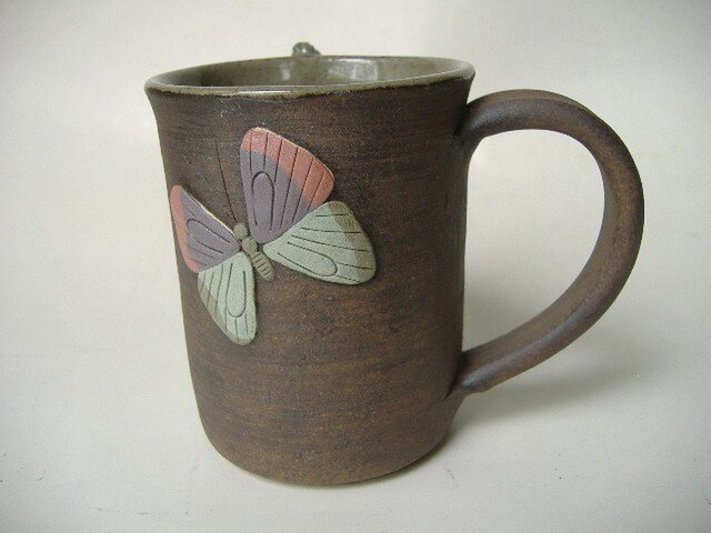 【SALE】理由有り・完全変態、芋虫から蝶へ・レリーフマグの画像1枚目