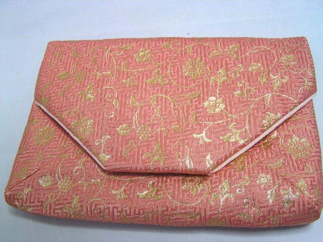 和布のバッグ 数寄屋袋 花唐草 ピンクと金」クラッチバッグの画像1枚目