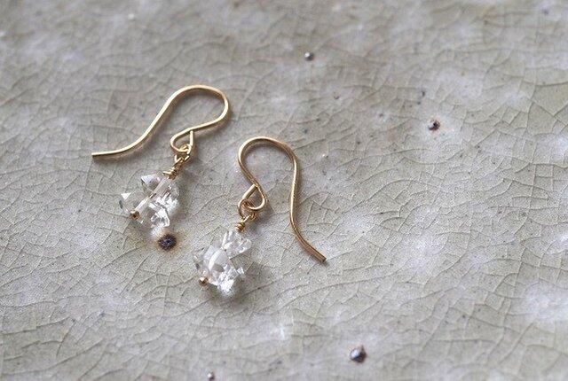 ハーキマーダイヤモンドのミニピアス 14kgfの画像1枚目