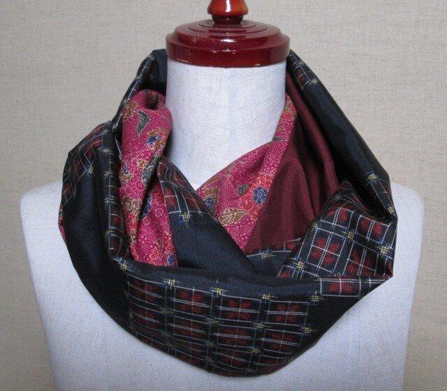 着物リメイク 市松に格子模様の泥大島紬から作ったシックなスヌードの画像1枚目