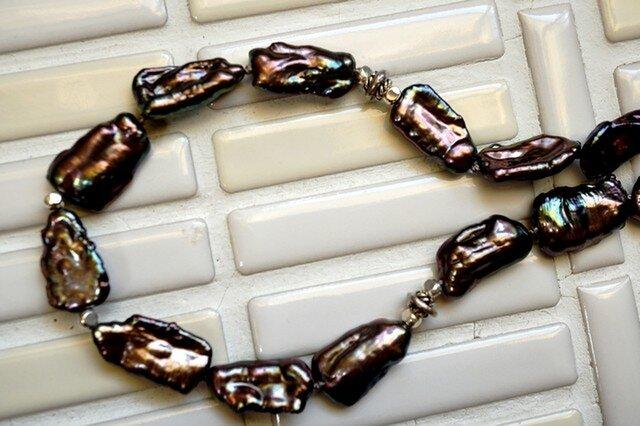 大粒ケシパール(ピーコック)ネックレスの画像1枚目