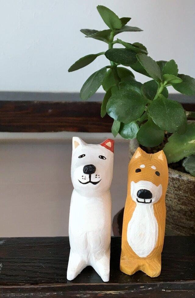 木彫り犬 ぶちの画像1枚目