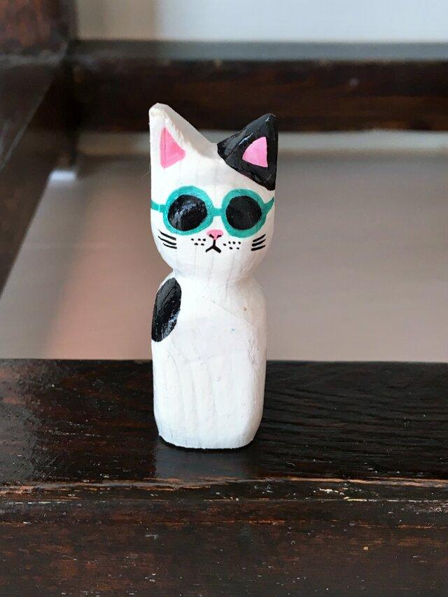 木彫り猫 サングラスの画像1枚目