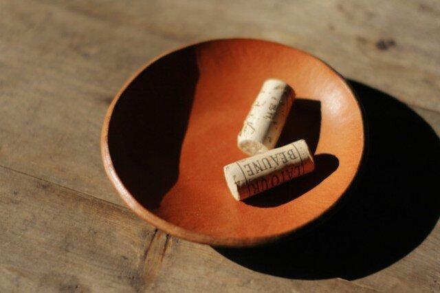 革の小皿の画像1枚目