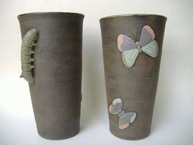 完全変態、芋虫から蝶へ・レリーフカップの画像1枚目