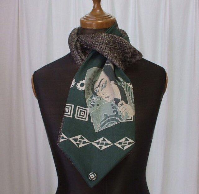 歌舞伎役者の絵がポイントのストール 絹の画像1枚目
