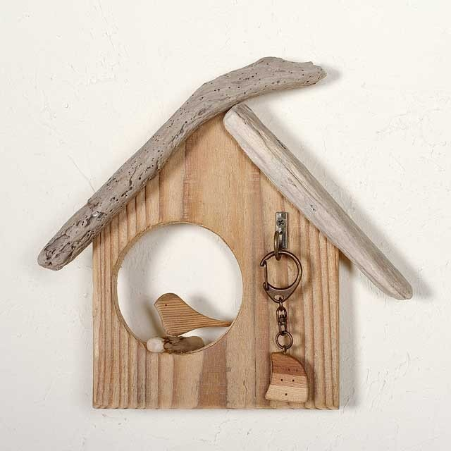 壁掛け流木のとりっこハウスー2の画像1枚目