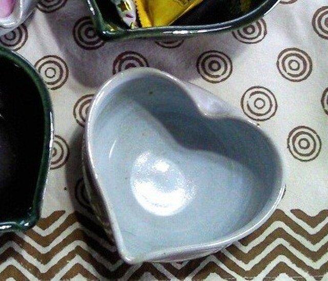 ハートの小鉢  (白釉)の画像1枚目