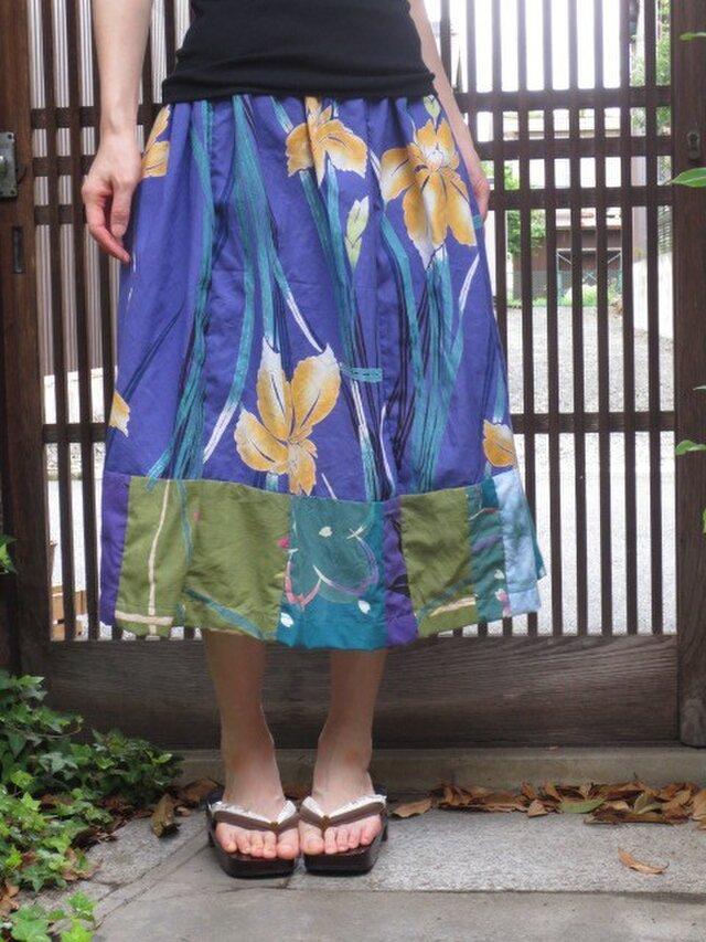 ゆかたリメイク☆紫に黄菖蒲が粋☆裾パッチの76㎝丈の画像1枚目
