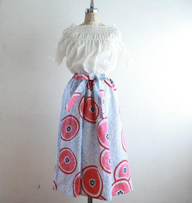 浴衣地 菊模様 リボンベルトのゴムスカート Fサイズの画像1枚目