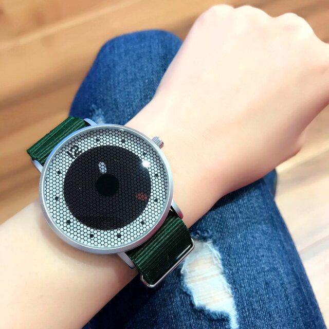 ナイロンベルト スポーティー腕時計 *ディープグリーン* <u-002>の画像1枚目