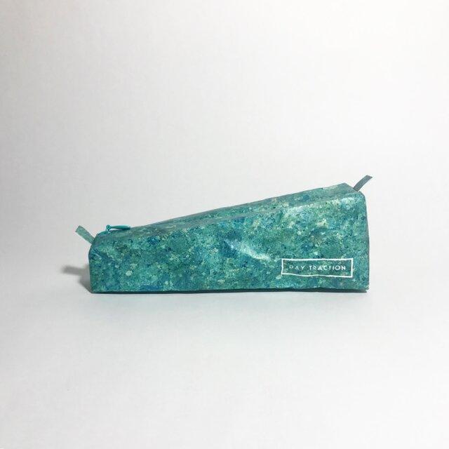 石材のようなペンケース Like a stone  (size:S) Tuff emeraldの画像1枚目