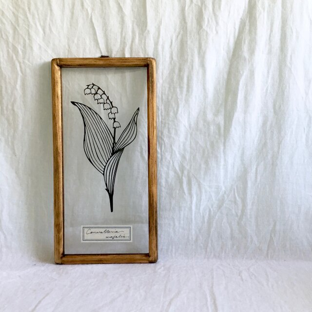 【植物標本シリーズ】スズランの切り絵フレームの画像1枚目