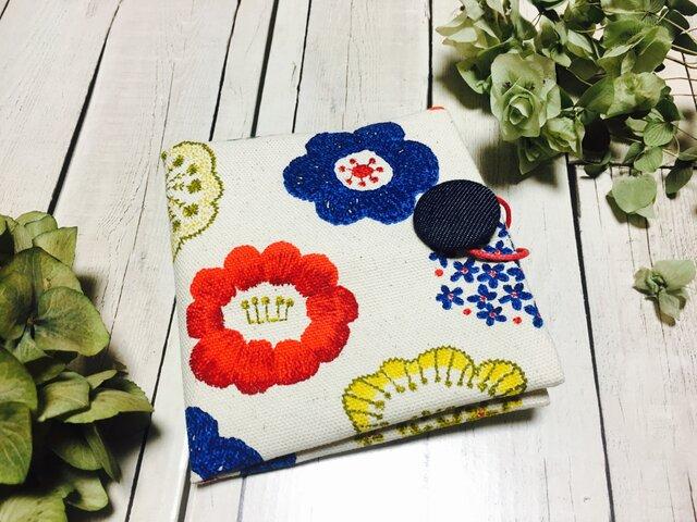 携帯用BOXティッシュケース 北欧 ハナ 花柄 の画像1枚目