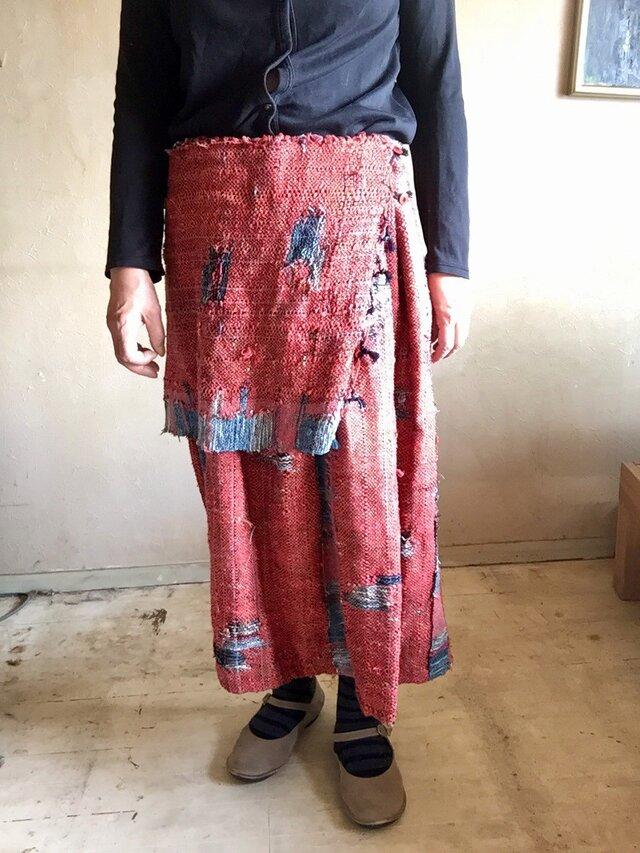手織り布のいろいろに着こなせるスカートの画像1枚目