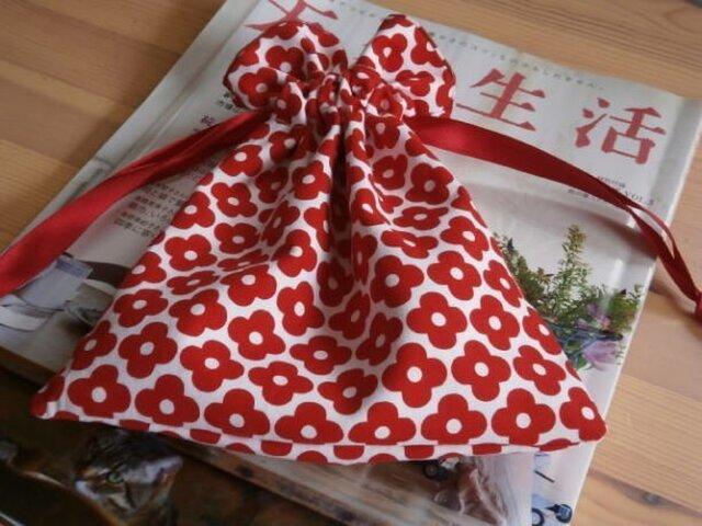 赤いお花のUSAコットンの巾着の画像1枚目