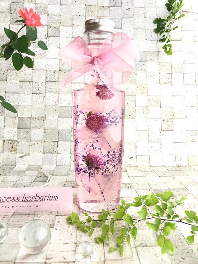 『夕姫ドール』プリンセス・ハーバリウム〈ピンク色の千日紅・紫陽花・紫色のカスミ草の優しさに包まれて…〉の画像1枚目