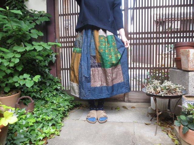 着物リメイク☆絹ずれも優しい紬小物のパッチスカート78㎝丈の画像1枚目