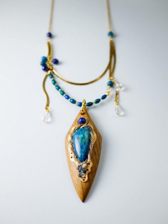 【精霊のアミュレット】天然石と木のネックレス/N391-10の画像1枚目