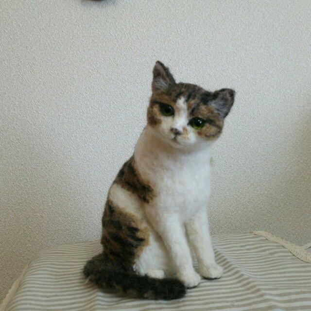 キジ白猫立体羊毛フェルトの画像1枚目