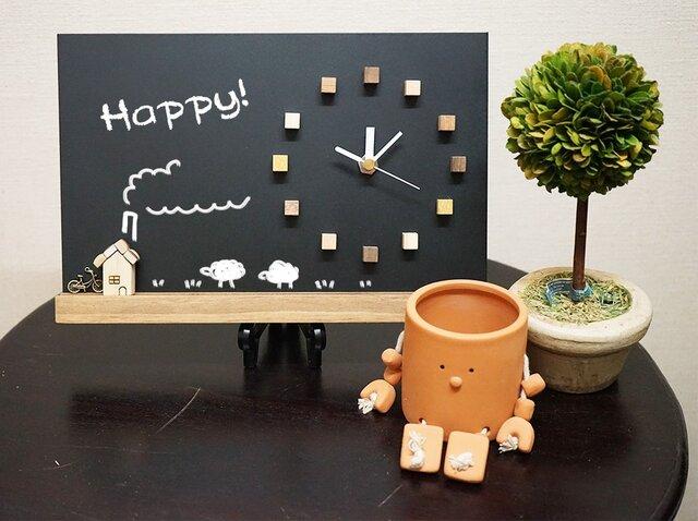 黒板時計(*´▽`*)♡煉瓦のお家付き。メモに、ウェルカムボードに。の画像1枚目