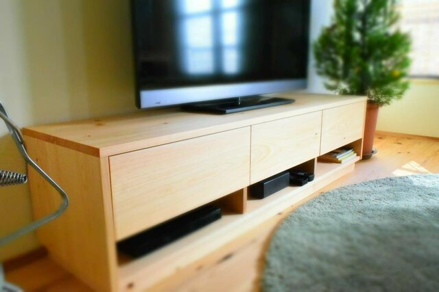 W150cm 国産ヒノキ無垢材を使用したテレビボードの画像1枚目