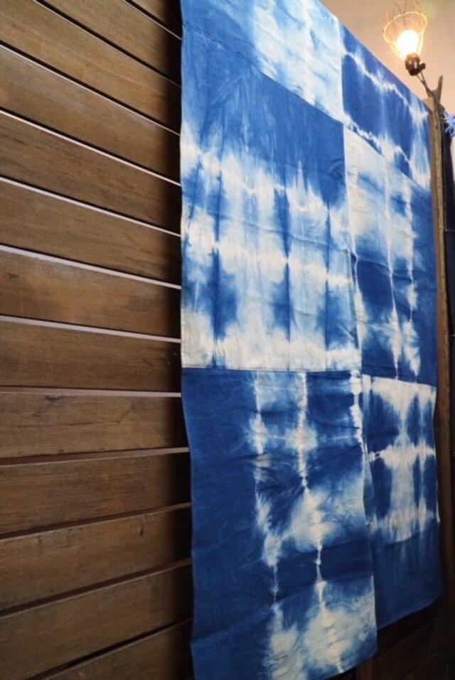 藍染めマルチカバー:パッチワークの画像1枚目