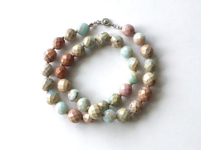 空と土の色のネックレス No.1【受注制作】/1cm玉, インプレッションストーン, 天然石の画像1枚目