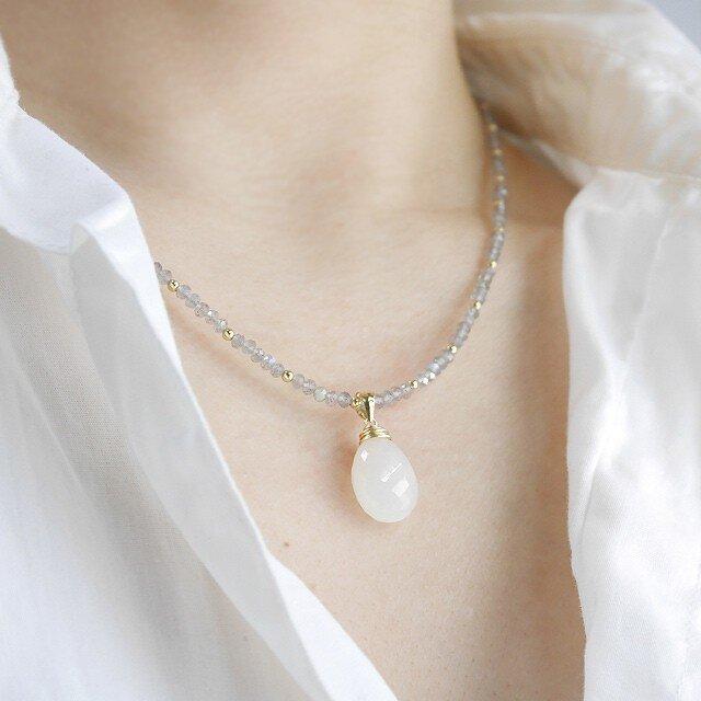 #500N_01★マイクロカット★大粒ホワイトームーンストーンとラブラドライトのネックレスの画像1枚目
