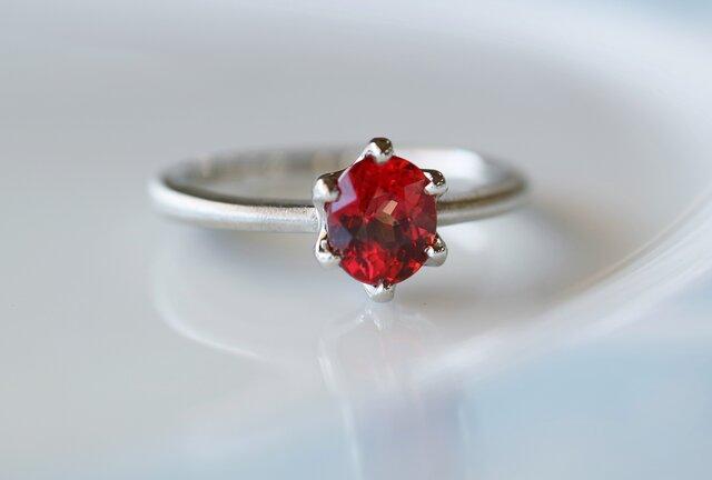 オレンジサファイヤ指輪の画像1枚目