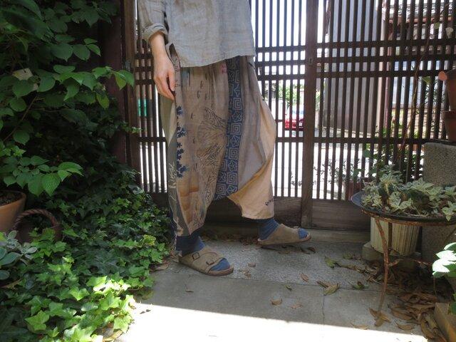 手ぬぐいリメイク☆柿渋染めに色を重ねて楽しいおとなのサルエルパンツ♪の画像1枚目
