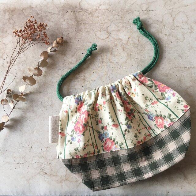 ふんわり花柄とチェック☆巾着袋(kc-bb-054)の画像1枚目