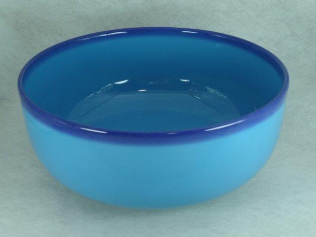 7寸鉢(青ぼかし)の画像1枚目